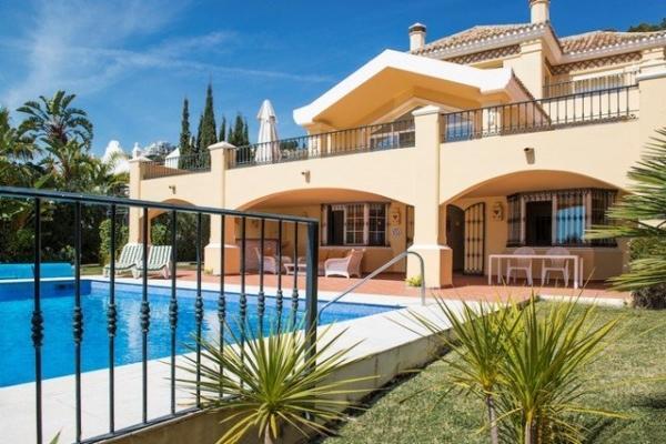 Sold: 6 Bedroom, 5 Bathroom Villa in La Quinta Golf, Benahavis