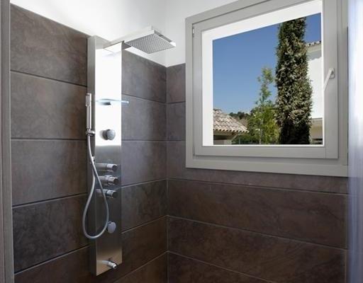 Sold: 7 Bedroom, 7 Bathroom Villa in La Quinta, Benahavis
