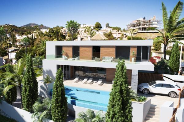 Sold: 5 Bedroom, 5 Bathroom Villa in El Herrojo, La Quinta, Benahavis