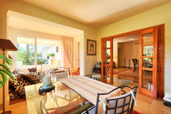 3 Bedroom, 3 Bathroom Apartment For Sale in Lomas de la Quinta, Benahavis