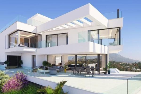 5 Bedroom, 6 Bathroom, Villa for Sale in Hernan Cortes 168, Benahavis