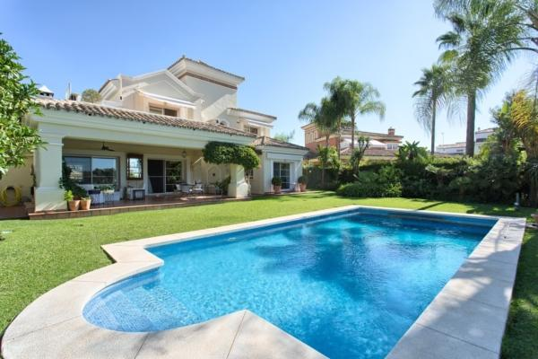 Sold: 4 Bedroom, 3 Bathroom Villa in La Quinta Golf, Benahavis